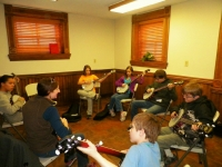 Big Stone Gap - Students in the Beginner Banjo 1 Class with instructor Julie Shepherd-Powell